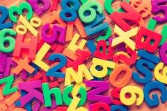 Pilha de ímãs coloridos do brinquedo Fotografia de Stock