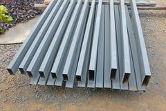 A pilha de aço para preparar-se para faz a estrutura de telhado fotografia de stock royalty free