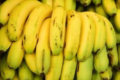 Pilha de bananas frescas fotografia de stock