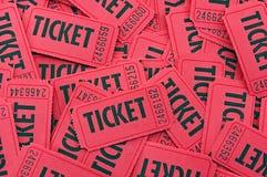 Pilha de bilhetes vermelhos - horizontal ascendente próximo Fotografia de Stock Royalty Free