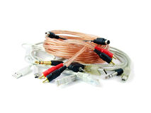 Pilha de cabos isolados no branco fotografia de stock