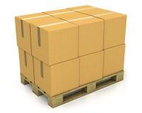 Pilha de caixas da caixa em uma pálete Fotos de Stock