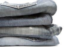 Pilha de calças de brim Foto de Stock Royalty Free