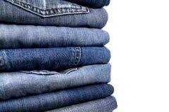 Pilha de calças de ganga Fotos de Stock Royalty Free