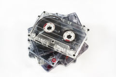 Pilha de cassetes áudio idosas imagens de stock royalty free