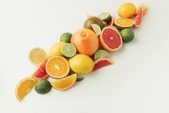 Pilha de citrinos maduros Imagens de Stock Royalty Free
