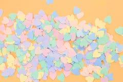Pilha de corações coloridos foto de stock