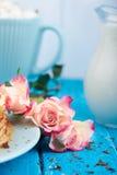 Pilha de dourado - panquecas deliciosas Fotografia de Stock