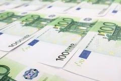 Pilha de 100 euro- contas Fotografia de Stock