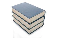 A pilha de livros isolou o fundo branco Fotos de Stock Royalty Free