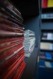 Pilha de livros na prateleira na escola Imagem de Stock Royalty Free
