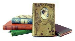 Pilha de livros velhos do vintage fotografia de stock