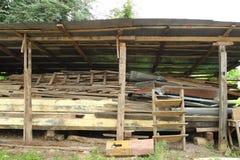 Pilha de madeira serrada velha Imagem de Stock Royalty Free
