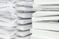 Pilha de papéis Fotos de Stock