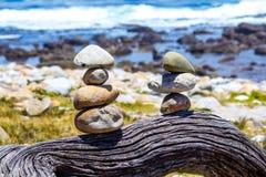 Pilha de peebles redondos - conceito do zen e dos termas Fotos de Stock Royalty Free