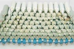 Pilha de prata e de recipiente azul do gás Fotografia de Stock Royalty Free
