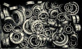 Pilha de Rusty Ball Bearing Wheels idoso Imagens de Stock