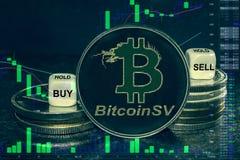 Pilha de SV do bitcoin do bsv do cryptocurrency da moeda de moedas e de dados A carta a comprar, venda da troca, guarda foto de stock royalty free