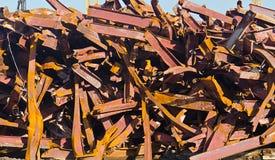 Pilha de vigas de aço torcidas Imagens de Stock Royalty Free