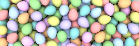 Pilha do birght e de ovos da páscoa coloridos Fotografia de Stock Royalty Free