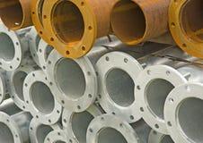 Pilha do ferro e das tubulações de aço. Foto de Stock