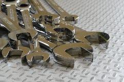 Pilha do mecânico de carro Spanner Wrenches imagem de stock