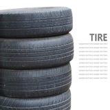 Pilha do pneu isolada no fundo branco Imagens de Stock