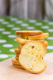 Pilha do pão do brinde com aroma do queijo Fotografia de Stock Royalty Free