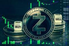 Pilha do zcash do cryptocurrency da moeda de moedas e de dados A carta a comprar, venda da troca, guarda fotografia de stock