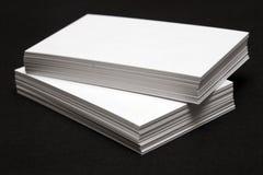 Pilha dos cartões brancos Foto de Stock