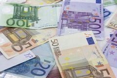 Pilha dos euro Imagens de Stock