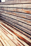 Pilha dos feixes de madeira Fotos de Stock Royalty Free