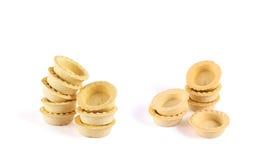 Pilha dos tartlets vazios isolados Imagens de Stock Royalty Free