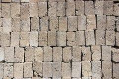 Pilha dos tijolos de uma construção foto de stock