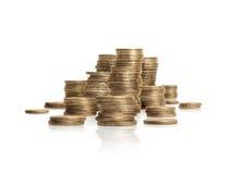 Pilha grande das moedas isoladas no fundo branco Rublo de russo Fotografia de Stock