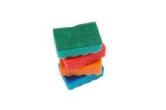 Pilha isolada de esponjas no branco Foto de Stock