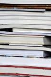 Pilha vertical de close up dos livros Imagem de Stock Royalty Free