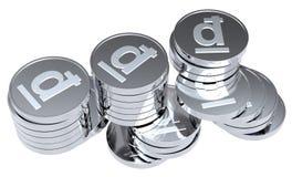 Pilhas das moedas de prata isoladas no branco Imagens de Stock