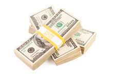 Pilhas de cem contas de dólar isoladas Imagem de Stock Royalty Free
