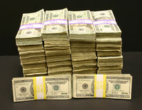 Pilhas de dinheiro Fotografia de Stock