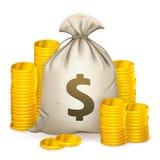 Pilhas de moedas e de saco do dinheiro Fotos de Stock