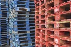 Pilhas de páletes Foto de Stock