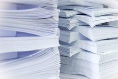 Pilhas de papel Fotos de Stock