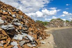 Pilhas do metal de Scrapheap Imagens de Stock Royalty Free