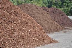 Pilhas do Mulch Imagens de Stock