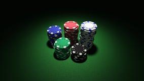 Pilhas pequenas de microplaquetas de póquer Fotos de Stock Royalty Free