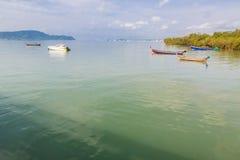 Pilier à la baie de Chalong, Phuket, Thaïlande Photo stock