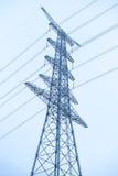 Pilier électrique au-dessus de ciel Image stock