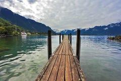 Pilier de bateau sur le lac Leman Photographie stock libre de droits