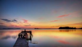 Pilier de bord de lac Photographie stock libre de droits